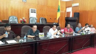 Caleg PKB Tapsel, Mahmuddin Nasution -ketiga dari kiri