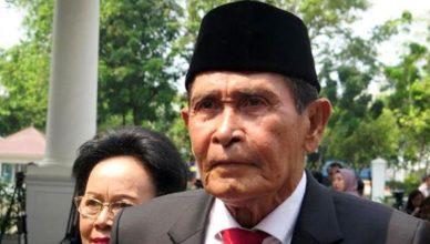 Tumpak Hatorangan Panggabean, SH Ketua Dewan Pengawas KPK dilantik Presiden Jokowi